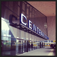 Photo taken at Station Rotterdam Centraal by Barbera v. on 4/13/2013