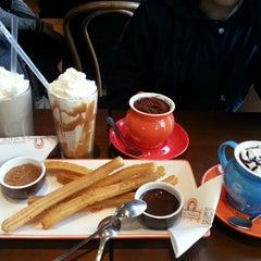 Photo taken at Chocolateria San Churro by Yee Jing H. on 5/31/2014