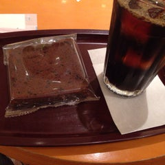 Photo taken at EXCELSIOR CAFFE 心斎橋店 by 伊号 .. on 8/9/2014