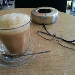 Photo taken at Rise Up Coffeehouse by Iskandarsyah M. on 3/13/2013