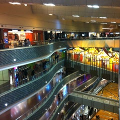 Photo taken at 正大广场 | Super Brand Mall by 🌀Dudo🌀 on 11/8/2012