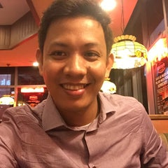 Photo taken at Shakey's by philip l. on 6/23/2015
