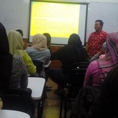 Photo taken at Universitas Pasundan (UNPAS) by Novi S. on 5/26/2014