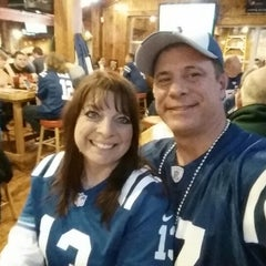 Photo taken at Hooters by Kurt K. on 1/4/2015