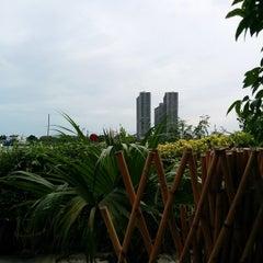 Photo taken at ทวีชัยโภชนา (Thaveechai Restaurant) by Surapat C. on 7/19/2014