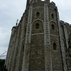 Photo taken at White Tower by Bianca B. on 6/18/2013