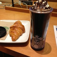 Photo taken at Starbucks by Marco A. on 12/5/2012