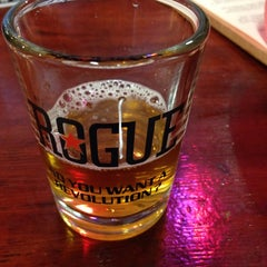 Photo taken at Rogue Brewers on the Bay by PeaRey on 4/25/2015