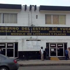 Photo taken at Modulo de Licencias y Placas by Alfonso G. on 2/13/2014
