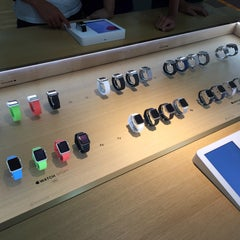 Photo taken at Infinite (Authorised Apple Retailer) by Ted on 8/21/2015