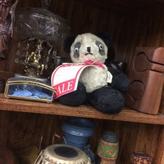 Photo taken at Colorado Antique Gallery by Cristal A. on 3/29/2015