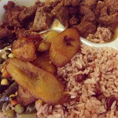 Photo taken at Natraliart Jamaican Restaurant by Miriam W. on 3/29/2013