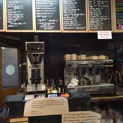Photo taken at Mocha Java Cafe by RACHEL YoungW L. on 1/7/2015