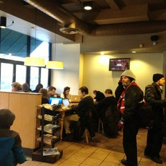 Photo taken at Starbucks by Hiep T. on 1/3/2013