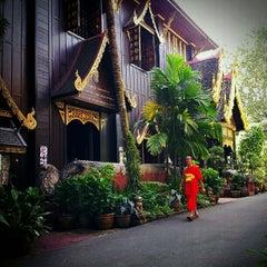 Photo taken at วัดพระแก้ว (Wat Phra Kaeo) by Wara N. on 11/23/2012