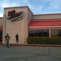 Photo taken at Red Robin Gourmet Burgers by Kristen T. on 3/19/2013