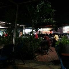 Photo taken at Taman Kuliner by Rendy W. on 6/26/2014