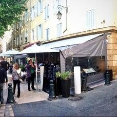 Photo taken at Le Bouddoir by Alexandre M. on 6/13/2013