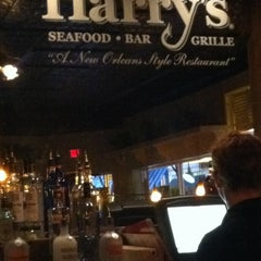 Photo taken at Harry's Seafood Bar and Grille by Geoffrey F. on 9/17/2013