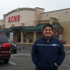 Photo taken at ACME Markets by Carlos B. on 3/10/2014