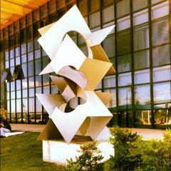 Photo taken at Juizados Especiais de Brasília - TJDFT by Matheus S. on 5/8/2012