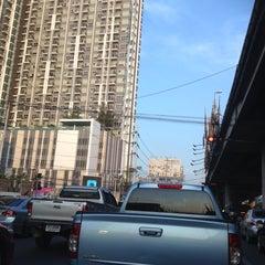 Photo taken at แยกแคราย (Khae Rai Intersection) by Araya C. on 3/12/2013