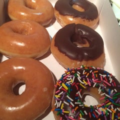 Photo taken at Krispy Kreme by Migdalia d. on 9/8/2015