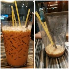 Photo taken at Wong Kok Char Chan Teng (旺角茶餐厅) by Sally L. on 7/24/2015