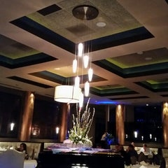 Photo taken at Franchesco's Ristorante by Rebecca T. on 5/2/2014