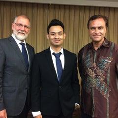 Photo taken at Novotel Surabaya Hotel and Suites by Mathias H. on 9/12/2015