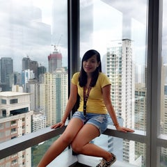 Photo taken at Citibank Tower by DARYN 😇 on 7/17/2015