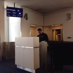 Photo taken at Gate 4 by Edwin U. on 7/2/2013
