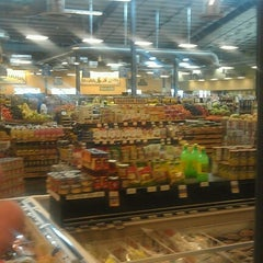 Photo taken at Sprouts Farmers Market by N5XTC on 8/2/2012
