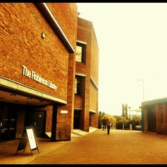 Photo taken at Robinson Library by Saravanan on 4/17/2012