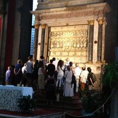 Photo taken at Chiesa di San Salvador by Natalino B. on 8/9/2012