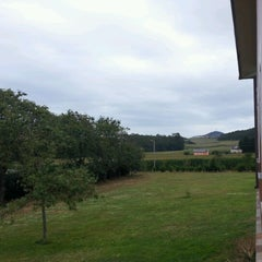 Photo taken at Hotel Rural Suquin by Marina V. on 9/11/2012