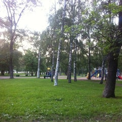Photo taken at Парк «Берёзовая роща» by Miguel d. on 5/29/2012