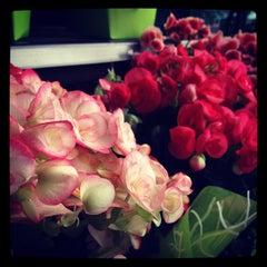 Photo taken at Supermercado Zona Sul by Luisa M. on 6/23/2012