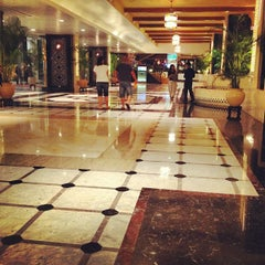 Photo taken at Hotel Istana by Mohd M M. on 4/13/2012