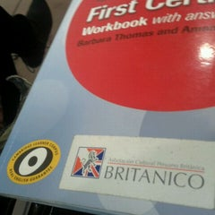 Photo taken at Británico by Jairo R. on 7/6/2012