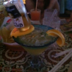 Photo taken at Chili's Grill & Bar by Joey L. on 5/10/2012