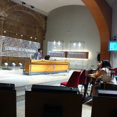 Photo taken at Presidencia - Junta de Extremadura by Maica G. on 6/28/2012