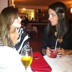 Photo taken at Favorito Bistrô [FECHADO] by Mariá D. on 7/7/2012