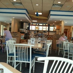 Photo taken at Culver's by Jason B. on 5/18/2012