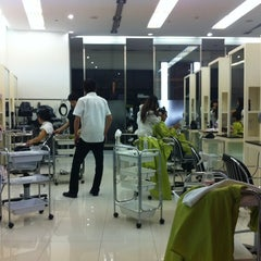 Photo taken at MOGA International Salon by Jun Y. on 8/11/2012