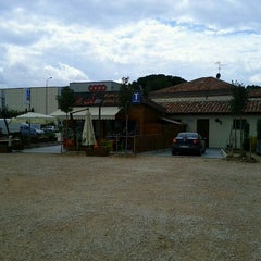 Photo taken at La taverna di Julio by Mattia B. on 4/6/2012