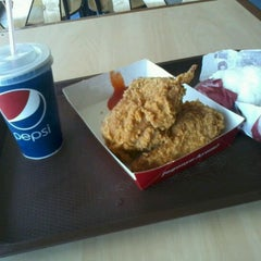 Photo taken at KFC by Yessar R. on 3/10/2012
