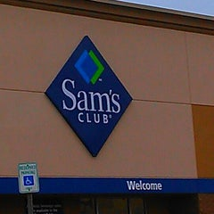 Photo taken at Sam's Club by Vincent R. on 10/13/2014
