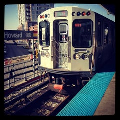 Photo taken at CTA - Howard by Igin I. on 11/17/2012