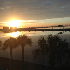 Photo taken at Holiday Inn Express & Suites Tampa/Rocky Point Island by Eeryn F. on 2/6/2013